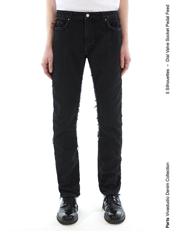 FEED JEANS IS [BLACK]