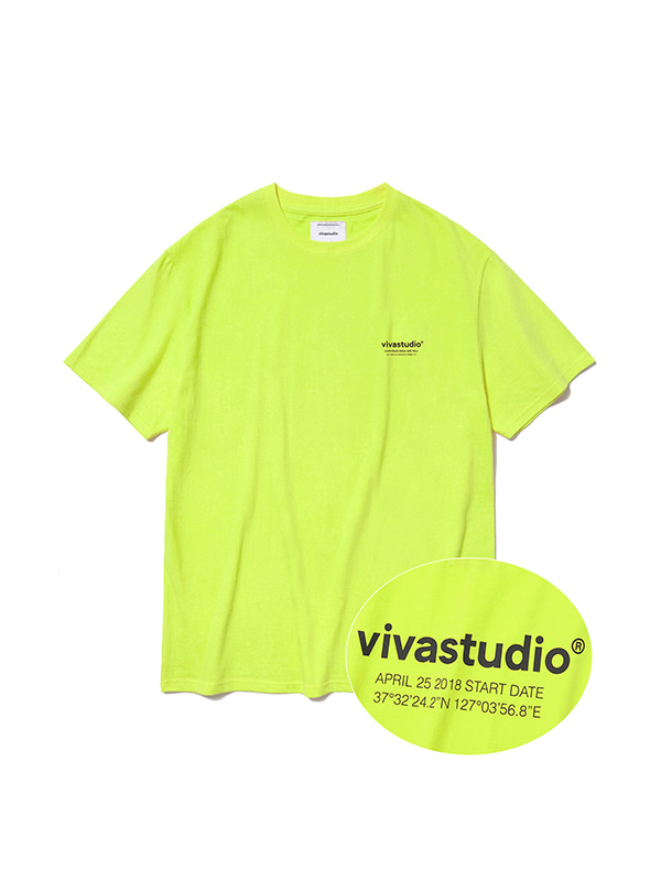 LOCATION LOGO SHORT SLEEVE IS [NEON YELLOW]