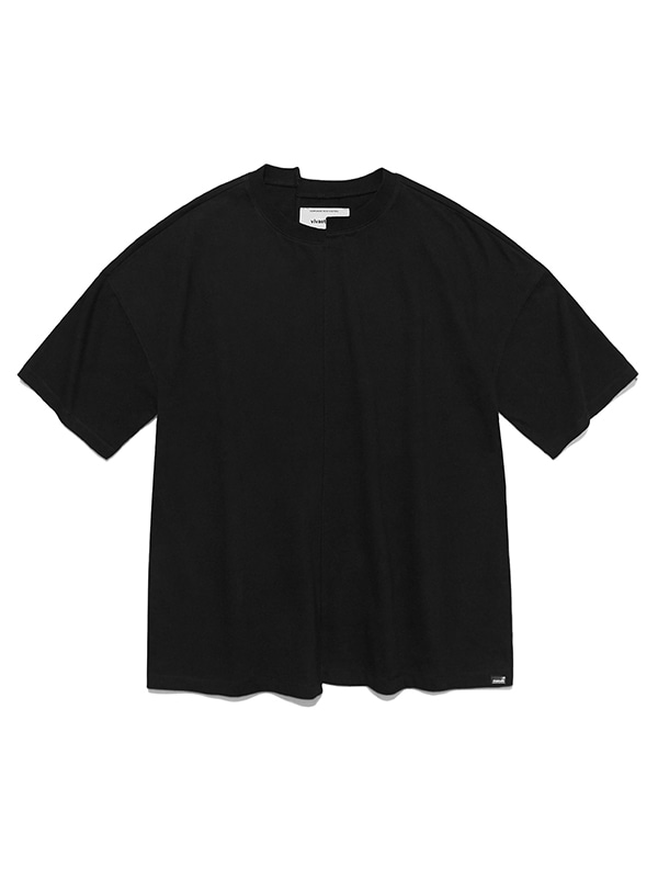 CUTTING SHORT SLEEVE IS [BLACK]