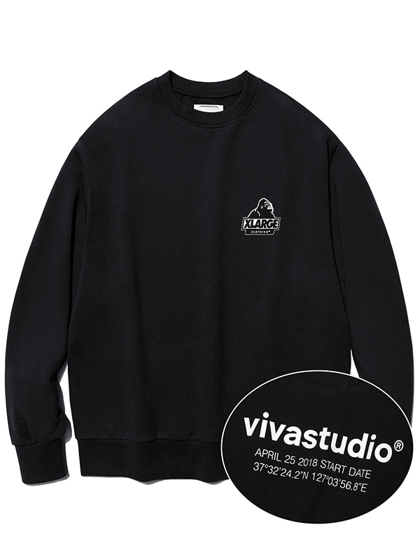 XLARGE×VIVASTUDIO PULL OVER CREWNECK SWEAT [BLACK]